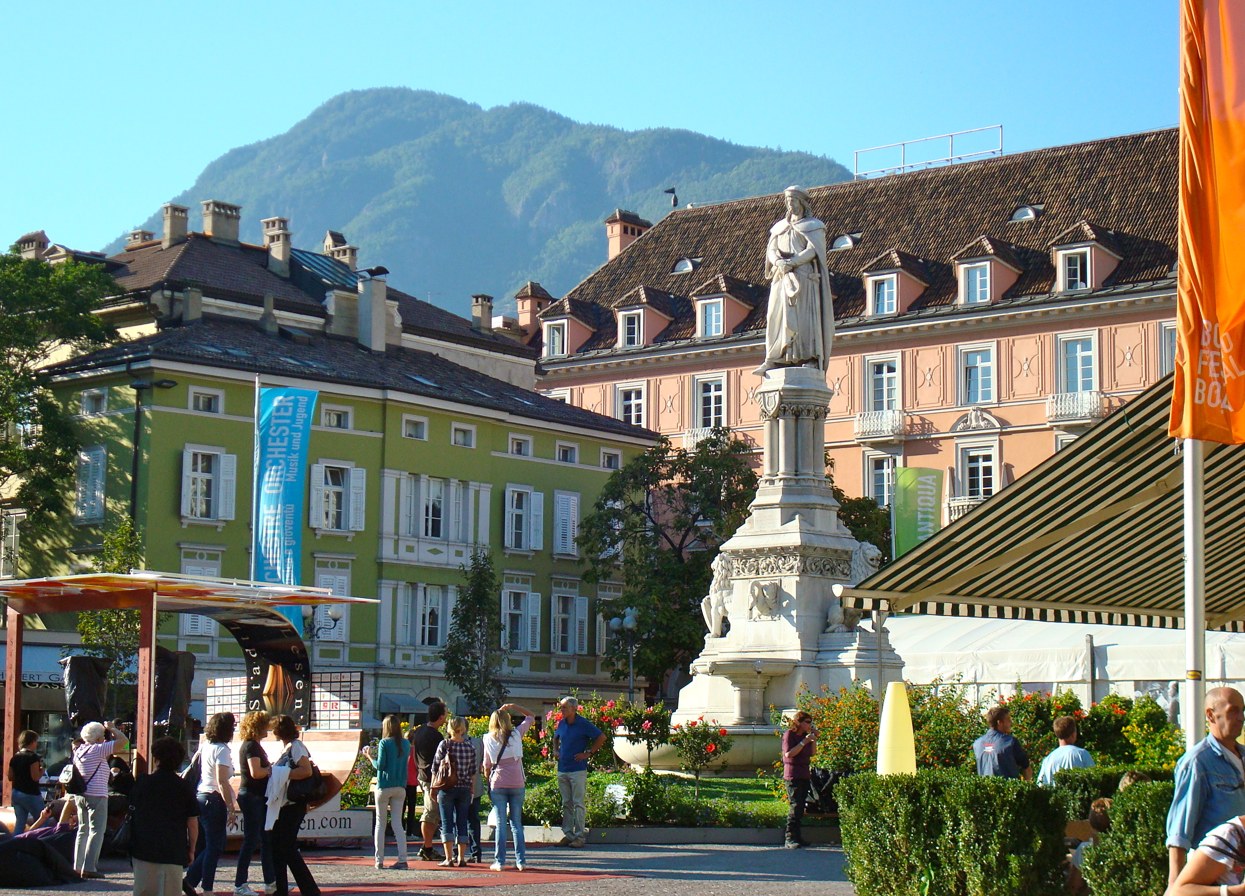 Bolzano italy the gateway to the dolomites back road for Designhotel bozen