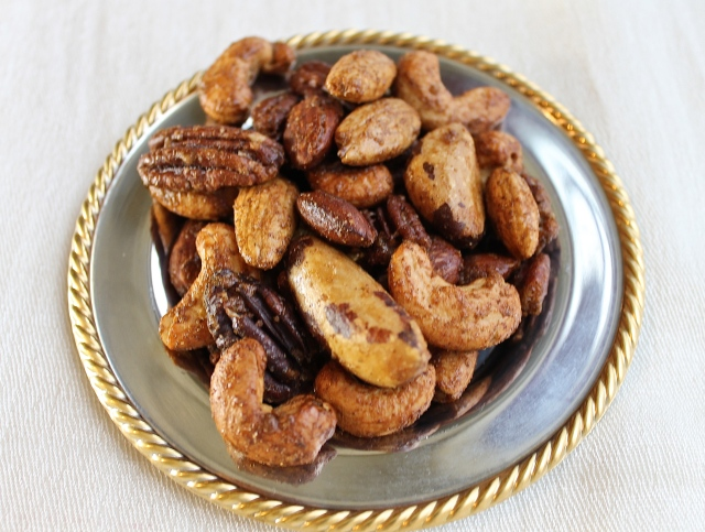 Spicy Roasted Mixed Nuts