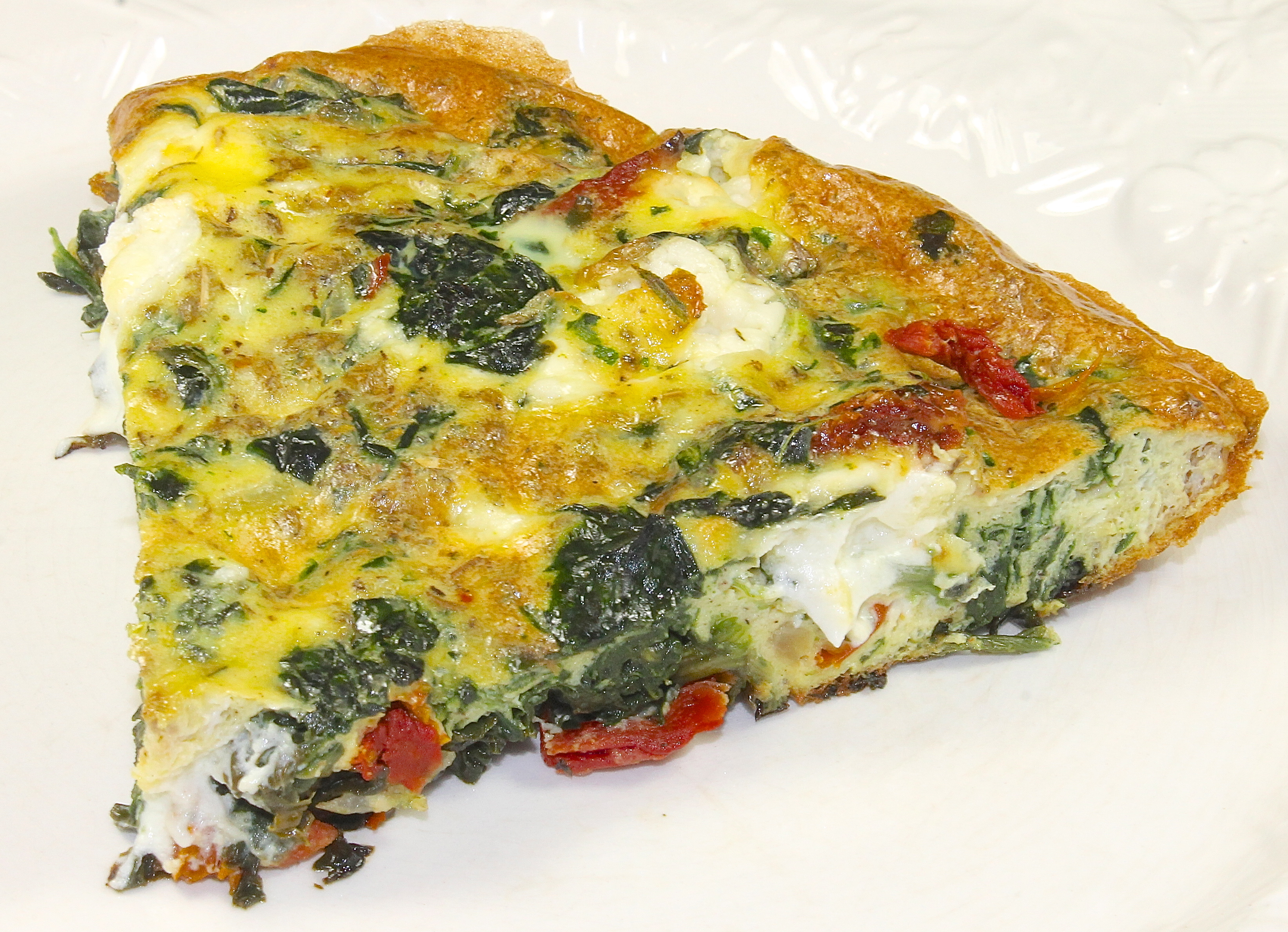 Spinach, Sun Dried Tomato and Goat Cheese Frittata