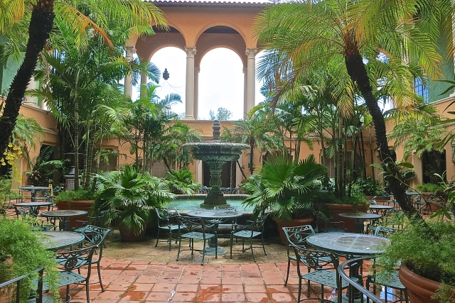 The Fountained Courtyard Of The Biltmore's Fontana Restaurant