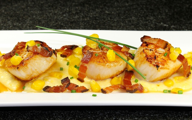 Pan Seared Sea Scallops With Bacon Lardons On Creamy Corn Polenta