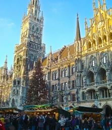 The Glittering 100 Foot Tree At The Munich Christkindlmarkt