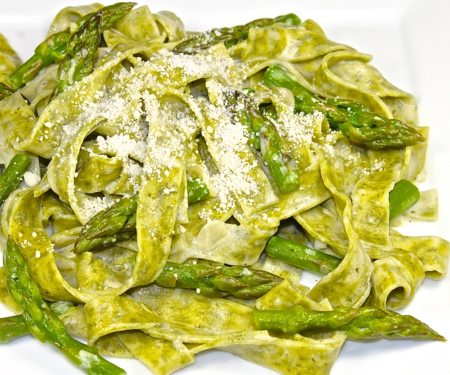 Wild Garlic Pasta In A Lemon Cream Sauce With Asparagus