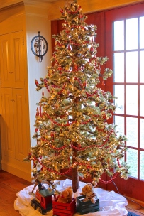 Christmas Tree Appropriate For Our 1730's New England Home