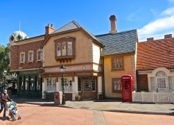 Rose And Crown Pub With Iconic Red Telephone Booth