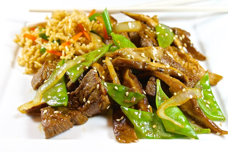 Stir Fried Beef With Snow Peas In A Garlic Ginger Sauce