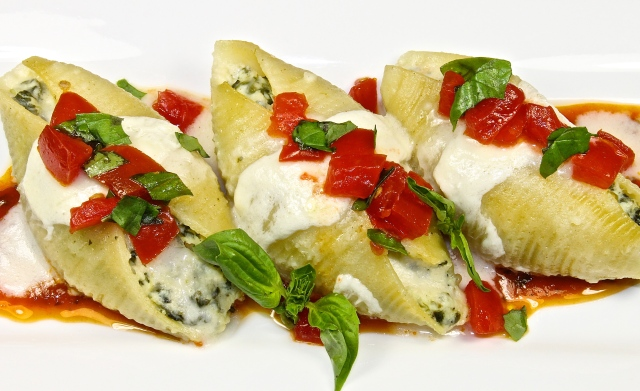 Spinach And Ricotta Stuffed Shells With Two Sauces