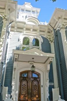 Wonderful Detail On Nantucket Home