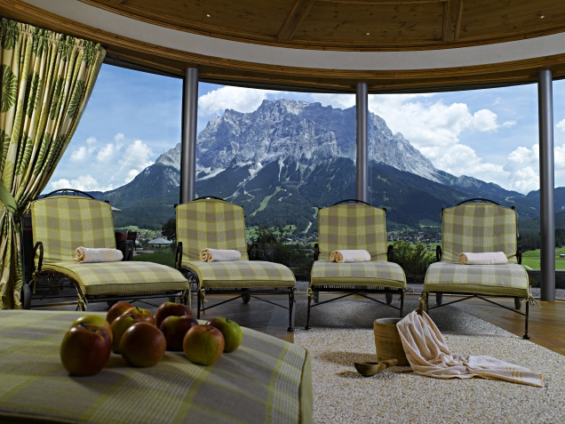 Hotel Post Spa Relaxation Area With The Zugspitze In The Background