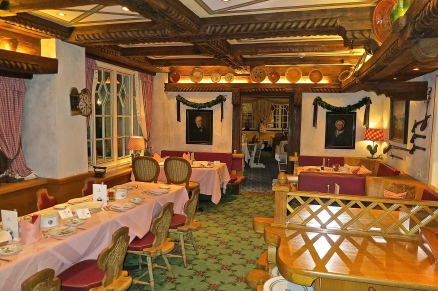 Schwarzwaldstube Dining Rooms Ready For Breakfast