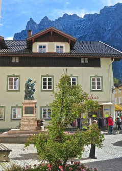 The Church Square In Mittenwald Features A Statue Of Matthias Klotz