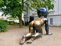 Cerny Bronze Babies Kampa Park