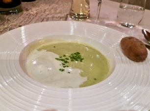 Chervil Foam Soup With Rye Roll