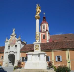 Schloss Pollau