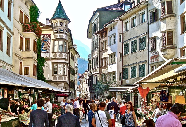Shopping In Old Town Bolzano, Italy