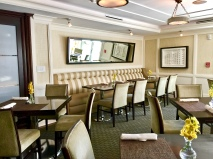 Pillars Dining Area