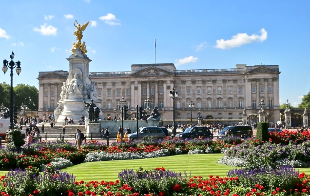 Buckingham Palace And The Memorial Gardens