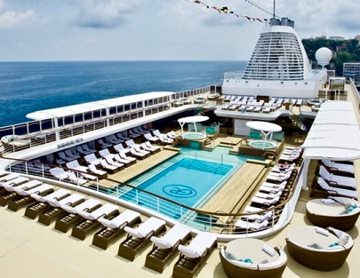 Explorer Pool Deck