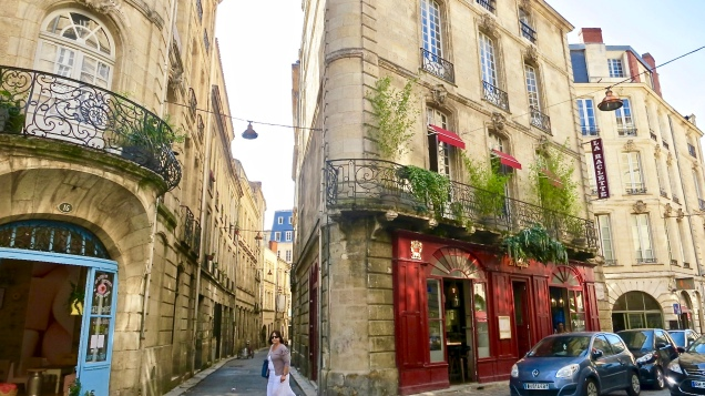 Charming Street Off La Place du Parlement