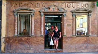 Marble Clad Farmacia Figueroa