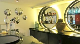 The Nine Bar At The Serras