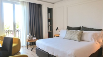 Kingsize Bed Grand Deluxe Room At The Serras