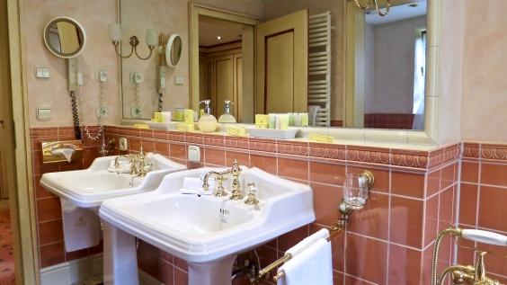 Bareiss Rotunda Apartment Bathroom
