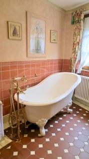 Bareiss Rotunda Apartment Slipper Bathtub