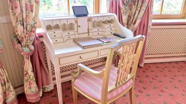 Bareiss Rotunda Apartment With Writing Desk