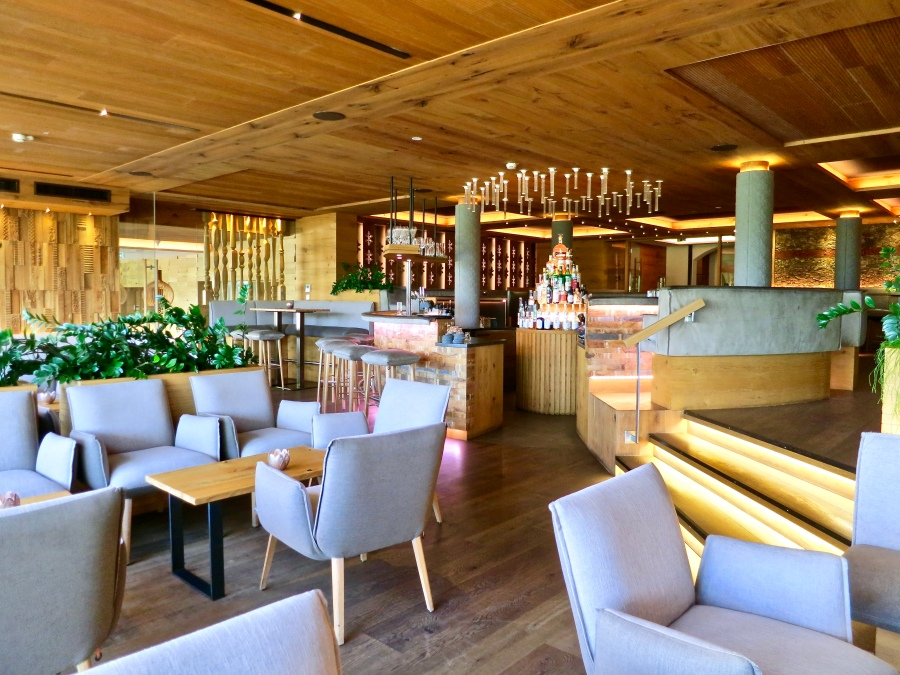 Gmachl Bar And Lounge