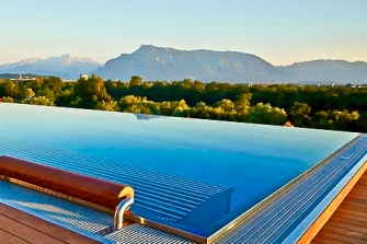 Gmachl Rooftop Infinity Pool