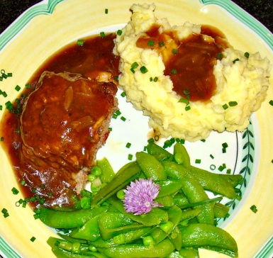 meatloaf with brown gravy