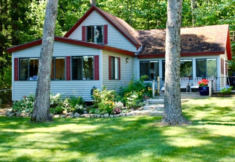 summer cottage in Maine