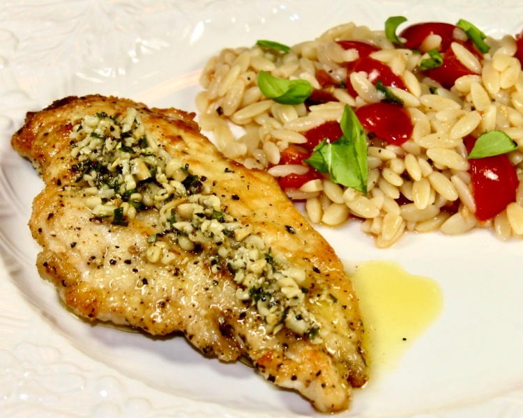 chicken with herb and pine nut sauce
