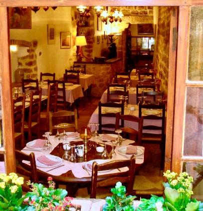 medieval restaurant Tourrettes-sur-Loup