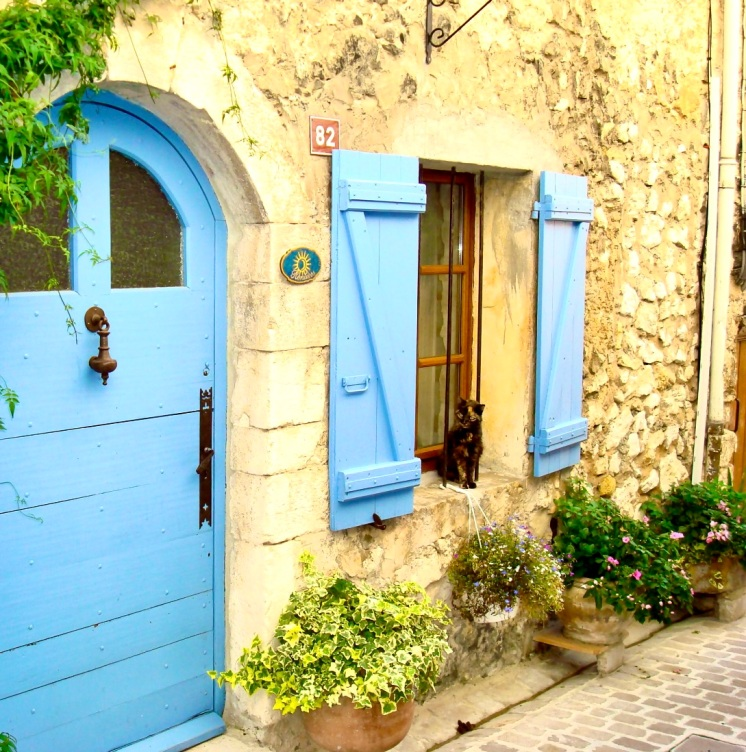 beautiful old house in Tourrettes-sur-Loup