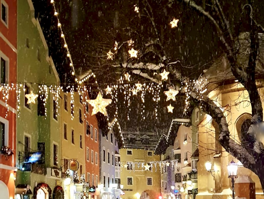 white lights and twinkling stars