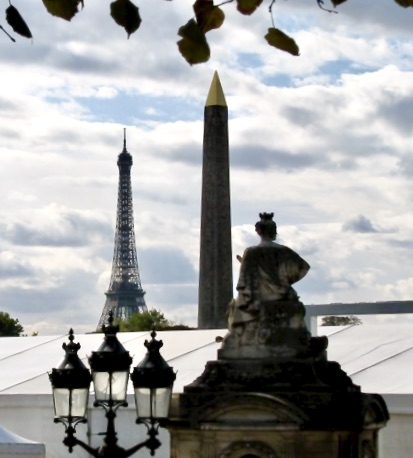 monuments seen from Place de la Concorde