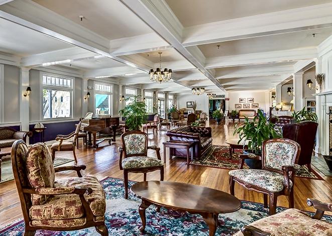 lakeside inn lobby
